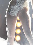 lady gaga nackt unten ohne mit rasierter muschi