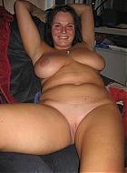 mollige girls zeigen sich nackt
