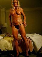 muskelfrauen und muskelschlampen