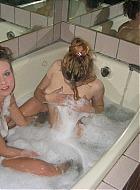 lesbische girls rasieren sich die muschi
