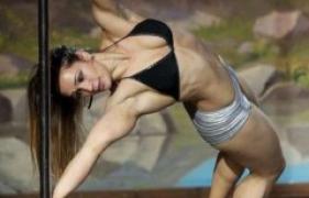 Bodyforming oder Bodybuilding – was ist für Frauen besser ?